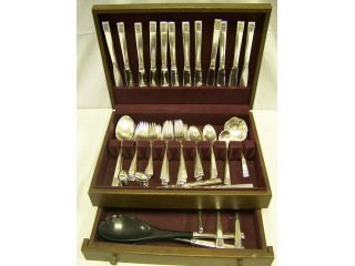 3979: 66 pieces sterling silver flatware, Laureate