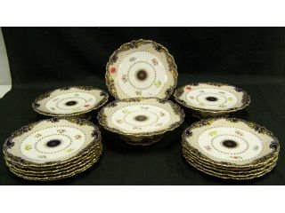 1: Set of 12 very pretty Copeland china plates