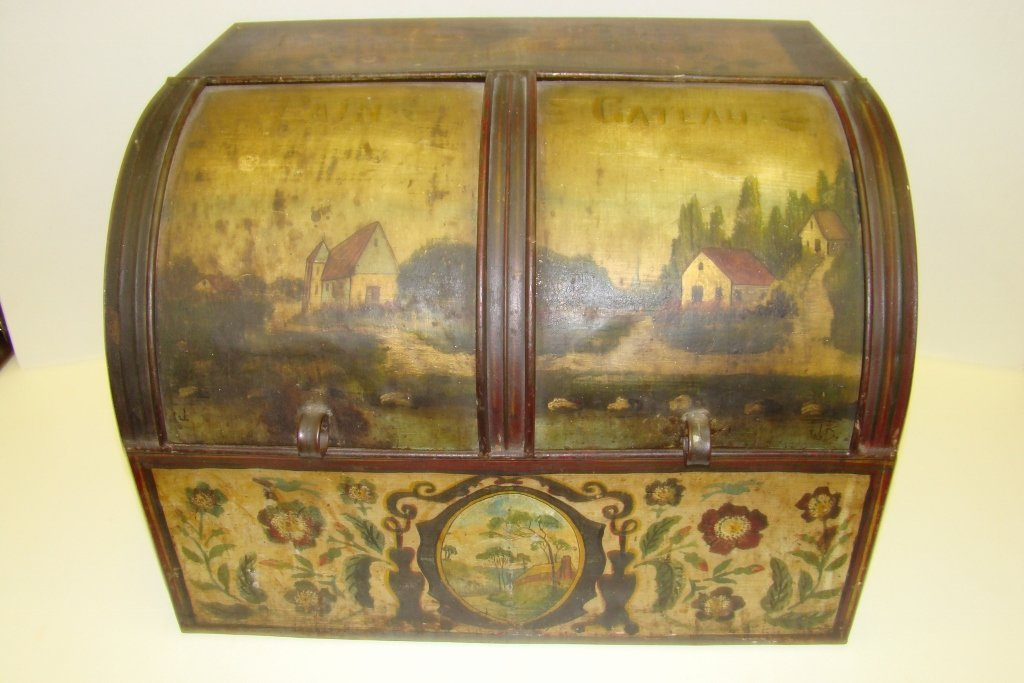 576: A vintage tin bread box with tole painting, marked
