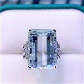 18K White Gold 19 CT Aquamarine & Diamond Ring