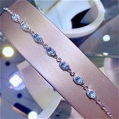 18K White Gold 8.9 CT Aquamarine & Diamond Bracelet