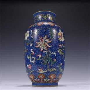 A Blue Underglazed Famille Rose Porcelain Vase