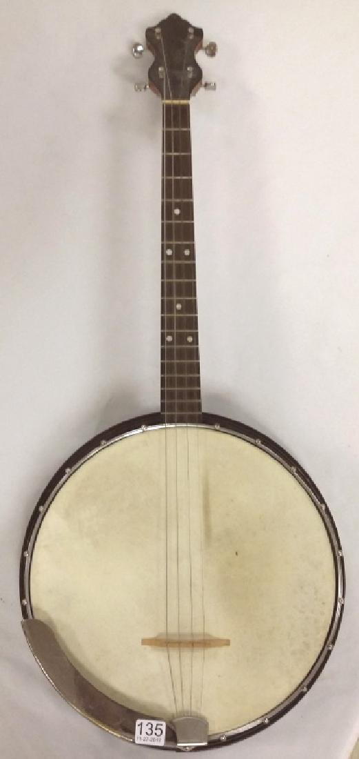 Elton 4-string banjo with resonator back