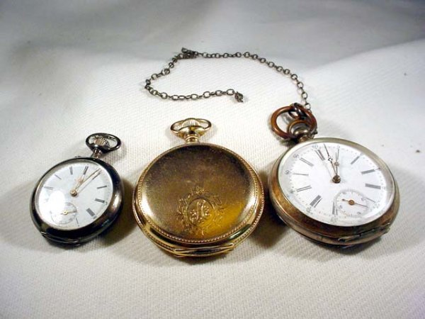 215: 3 pocket watches- 1 Waltham hunter's case