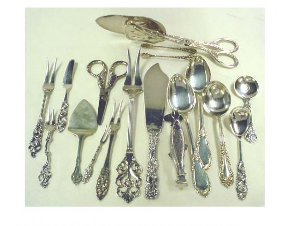 218: 10 pieces of Norway silver & 7 Norway plated piece