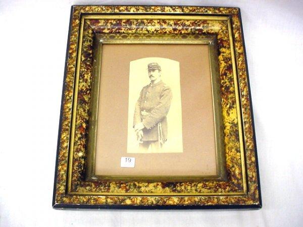 1019: Photo- soldier medical officer, war unknown