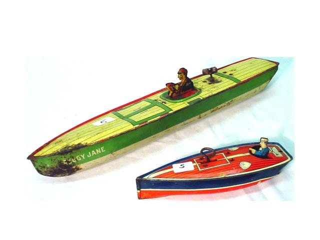 5: Peggy Jane & Lindstrom windup boats