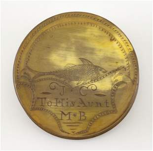 HORN SNUFF BOX WITH SCRIMSHAW-STYLE ENGRAVING 19th