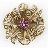 RETRO 18KT GOLD, RUBY AND DIAMOND BROOCH Small central