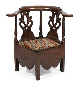 CHIPPENDALE CORNER CHAIR 18th Century Back height