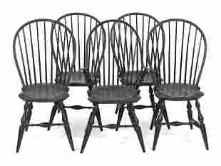 SET OF FIVE WINDSOR-STYLE CHAIRS Early 20th Century