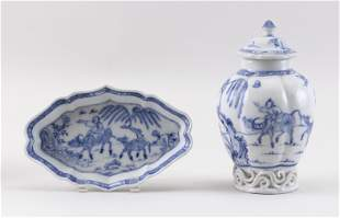 TWO PIECES OF CHINESE BLUE AND WHITE PORCELAIN 19th