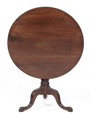 CHIPPENDALE TILT-TOP TEA TABLE ATTRIBUTED TO
