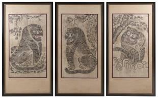 THREE KOREAN SCROLL PAINTINGS ON PAPER Joseon Dynasty,