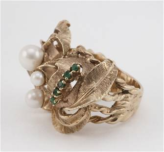 VINTAGE 14KT GOLD, CULTURED PEARL AND EMERALD RING