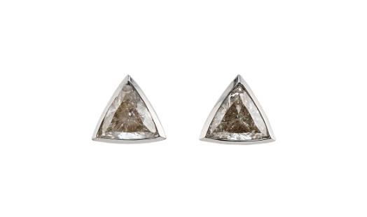 PAIR OF WHITE GOLD AND DIAMOND TRIANGULAR STUD EARRINGS