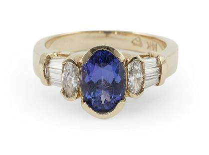 14KT GOLD, TANZANITE AND DIAMOND RING Approx. 3.56