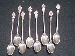11: Lunt Eloquence 8 Sterling Iced Tea Spoons