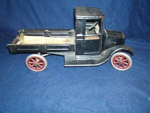 25: Buddy L Moline Pressed Steel Delivery Truck 20s