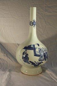 505: 19thC Bulbous Blue/White Canton Vase Chinese