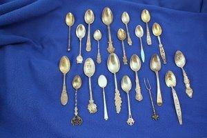 401: 21 Pc Sterling Silver Demitasse Spoons w/Enamel