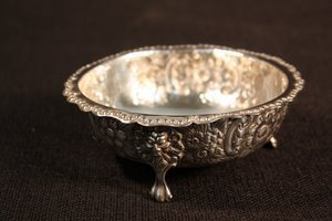 9: Sterling Silver Repousse Footed Bowl