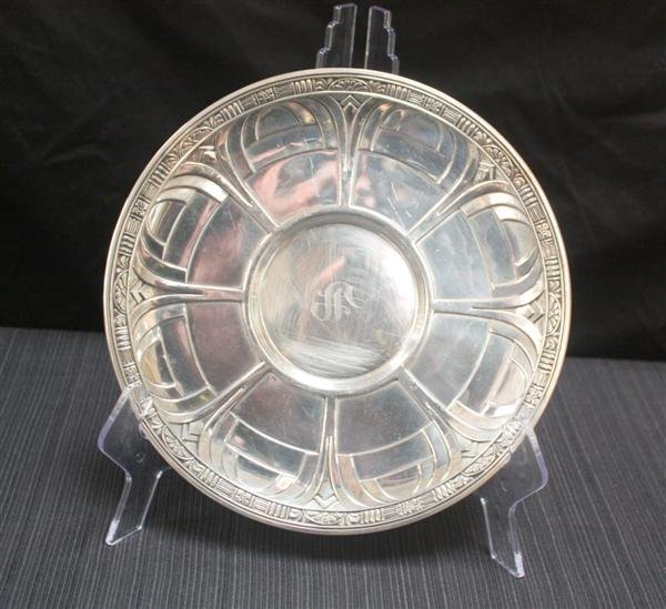 14: Alvin Sterling Silver Plate w/Gothic Arches