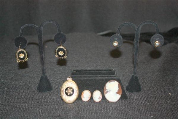 14: 14kt Gold Aquamarine Earrings + Cameos & Locket