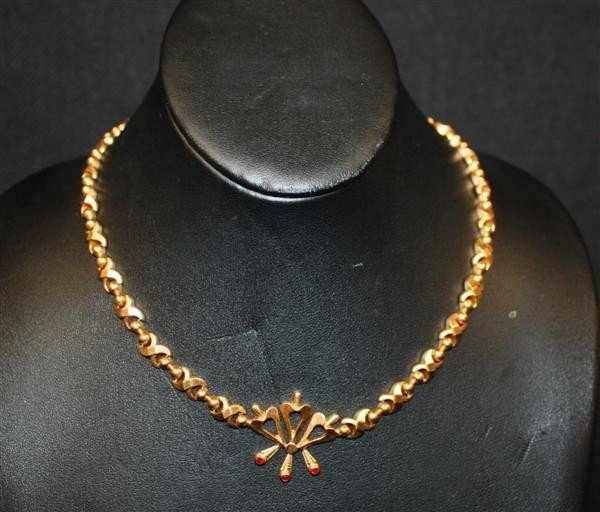 "71: 18kt Gold ""X"" Link Necklace w/Stones"