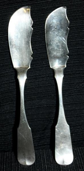 9: 2 Coin Silver Fish Knives: P Garrett