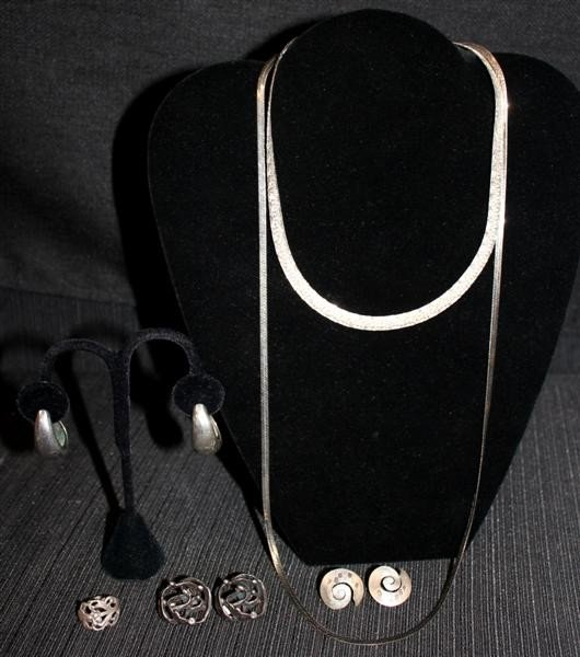 19: Sterling Silver Jewelry 4