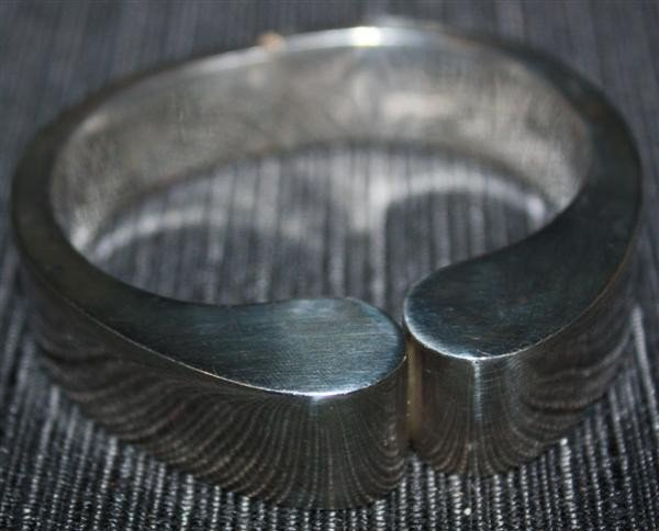 21: Taxco 950 Modernist Silver Bangle Bracelet