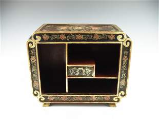 A CHINESE LACQUERED PRECIOUS OBJECT TABLE SHELF