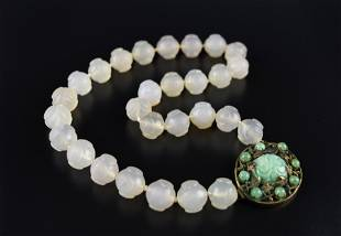 A 19TH CHINESE JADEITE AND AGATE NECKLACE