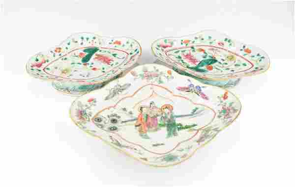 THREE 19TH CENTURY CHINESE FAMILLE ROSE DISHES