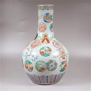 A late 19th century Chinese porcelain flower vase