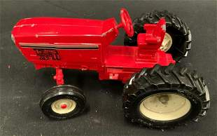 Red tractor ERTL