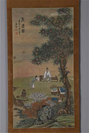 A FIGURES PAINTING ON SILK