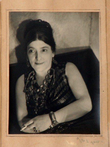 42: George Platt Lynes - Portrait Romany Marie - 2