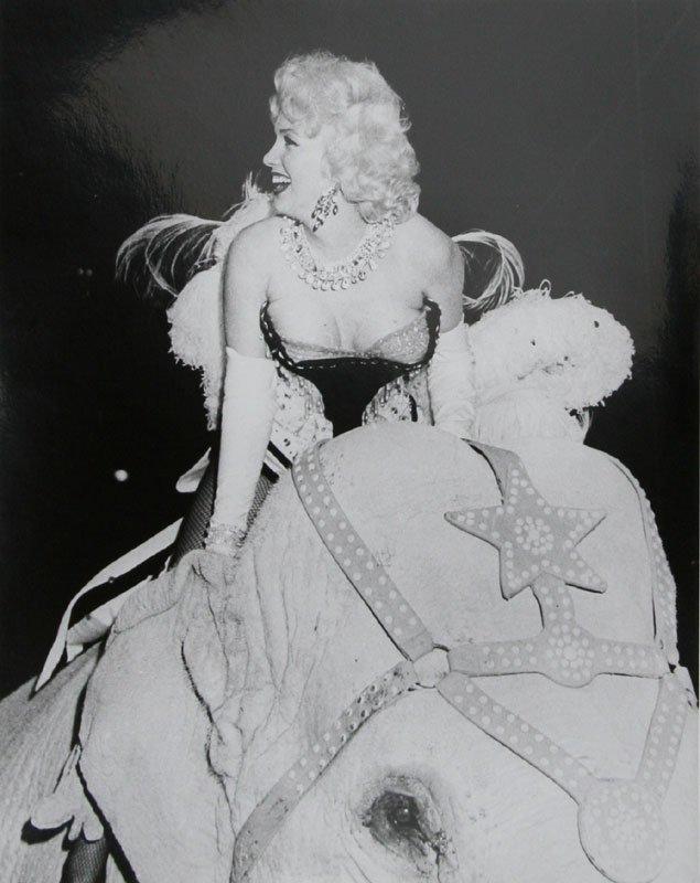 Marvin Scott, Marilyn Monroe at Circus