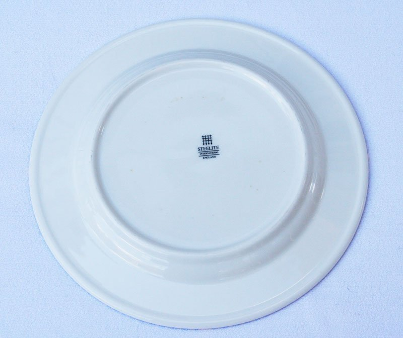 Milton Glaser  Windows on the World Dinnerware - 2