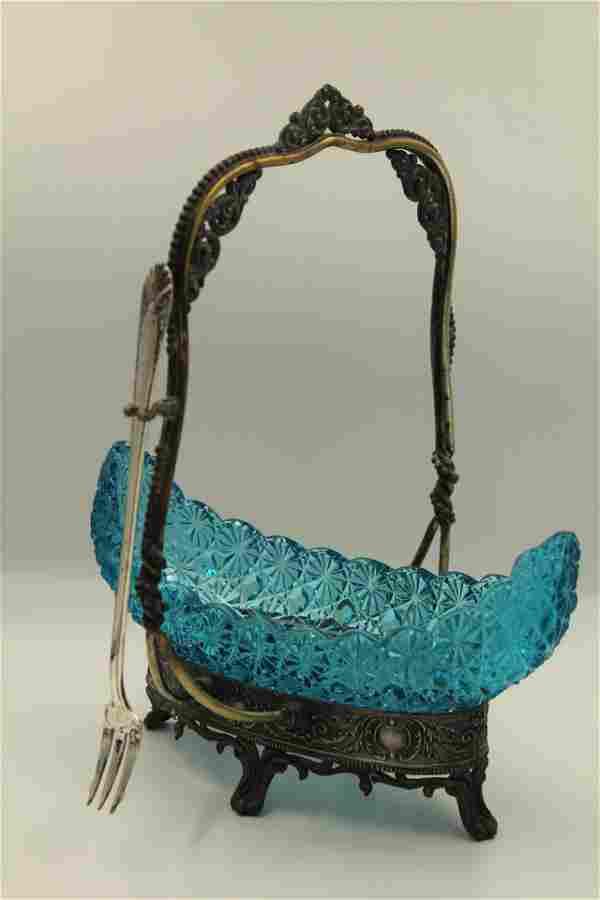 Victorian Silverplate Canoe Pickle castor