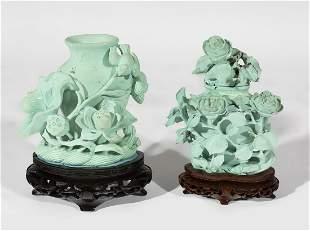 Pair of urns. China, early 20th century. Malachite.