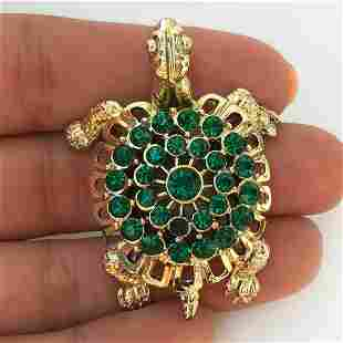 Gold tone emerald green color crystal Turtle brooch