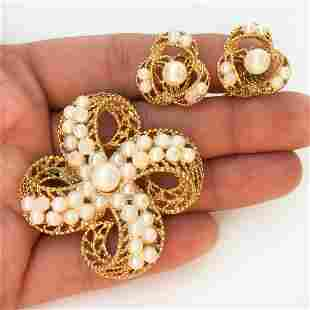 LISNER Vintage gold tone faux pearl brooch ear clips