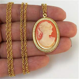 Gold tone Cameo pendant and chain necklace