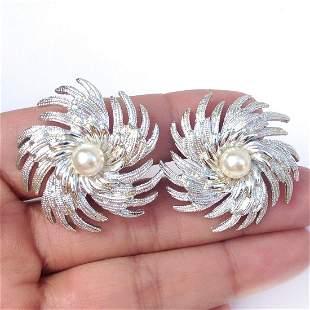 SARAH COV Vintage silver tone Pin Wheel ear clips