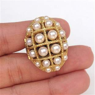 AVON Vintage gold tone oval faux pearl locket ring