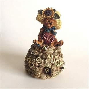 Vintage Boyd Bears and Friends Bailey Honey figurine