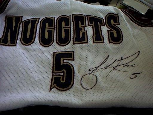 5316: Jalen Rose signed jersey Denver Nuggets